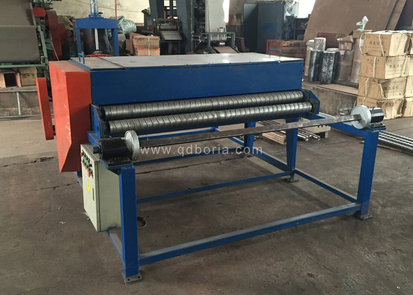 Cushion cloth renovating machine